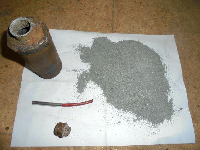 СИРИЯ. Самодельные ручные гранаты захваченные в поселке Кинсаба - 1