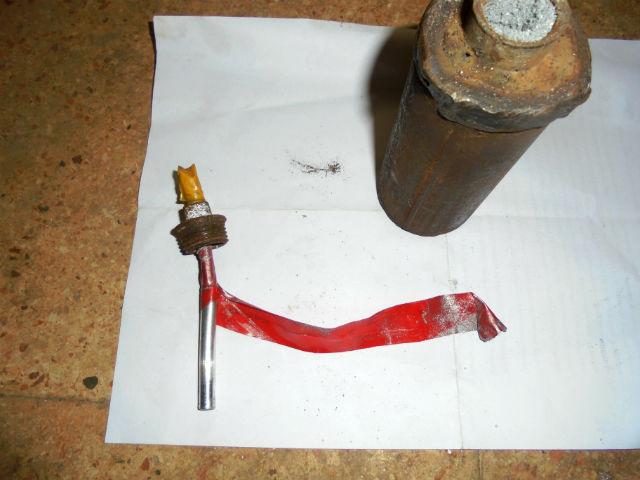 СИРИЯ. Самодельные ручные гранаты захваченные в поселке Кинсаба - 5