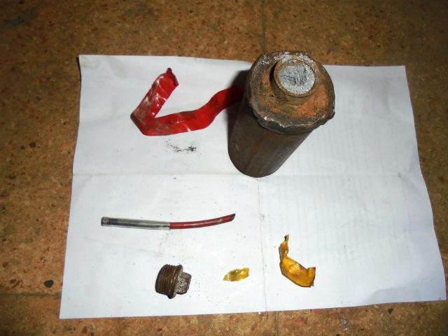 СИРИЯ. Самодельные ручные гранаты захваченные в поселке Кинсаба - 8