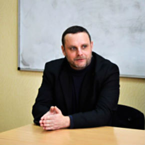 Manuel Ochsenreiter during the lecture for students of the Lugansk National Univercity named after Shevchenko