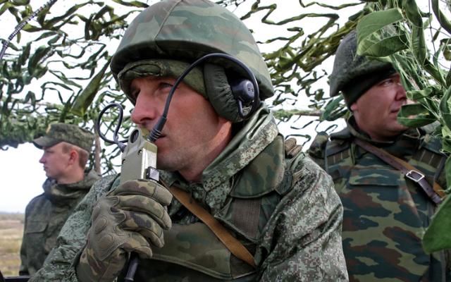RUSSIA TODAY. Карманная артиллерия: накануне Дня Победы на вооружение РФ приняли новый ПТРК «Метис-М1»