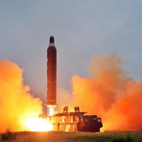 ЛЕНТА.РУ. Многоступенчатые амбиции. Северокорейские ракетчики продолжают удивлять мир