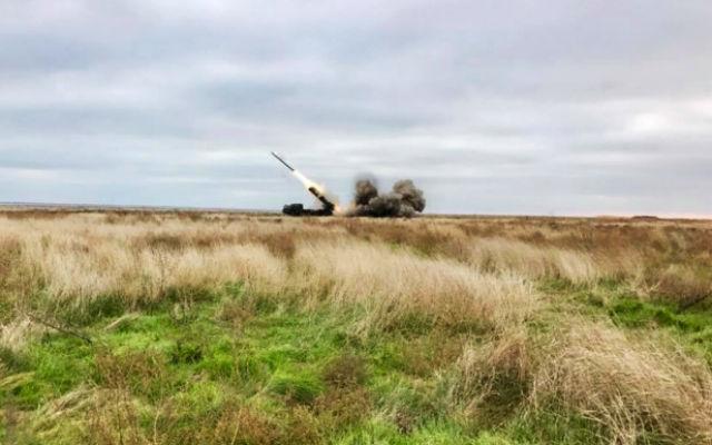 """ИА «Народные новости». Порошенко рассказал об испытании """"страшной и точной"""" новой ракеты украинского производства"""