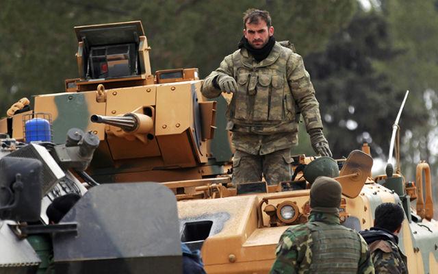 ИЗВЕСТИЯ. Анкара отправила в бой элиту спецназа. Турция готовится дать отпор американцам в борьбе за север Сирии