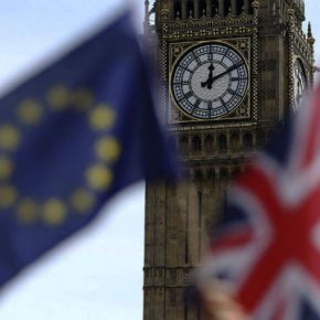 DAY.AZ. Российский эксперт пояснил, почему Брексит не будет отменен