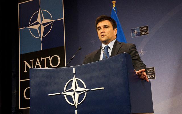 RUSSIA TODAY. «Коррупция, ужасная логистика и полуразрушенный ОПК»: эксперты о том, чему НАТО может «поучиться» у Украины