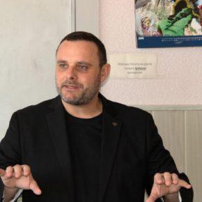 Немецкий журналист Мануэль Оксенрайтер встретился со студентами и преподавателями факультета иностранных языков ДонНУ