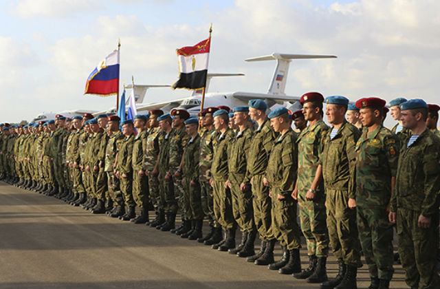 Российские и египетские десантники договорились о проведении первого в сентябре текущего года совместного тактического учения