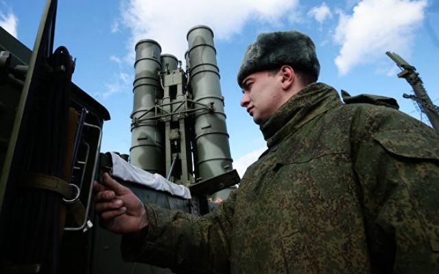 РАДИО «Спутник». Военный эксперт: С-400 самим своим присутствием предотвращает нападение