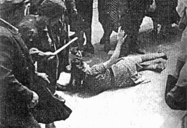 ФОТО 5: Погром во Львове. Июль 1941 г.