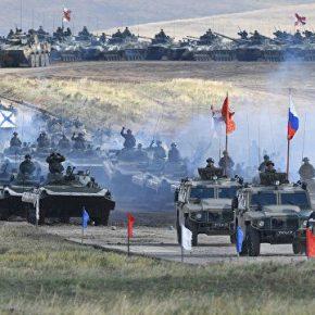 РАДИО «Спутник». Эксперт: изменения в Российской армии видны не только на учениях