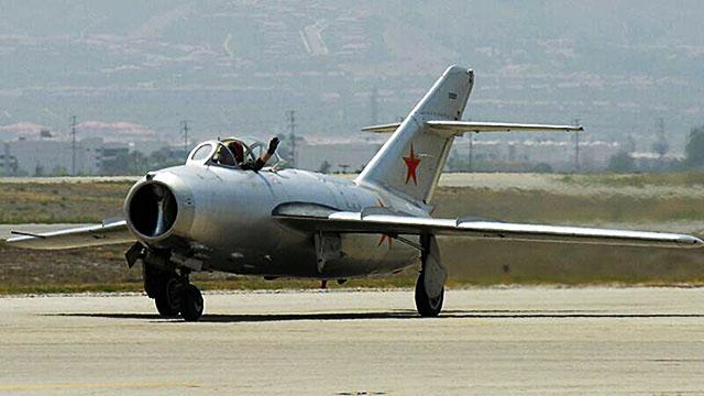 «СЛОВО и ДЕЛО». 70-летний МиГ-17 оказался способен и сейчас выступить в роли легкого штурмовика