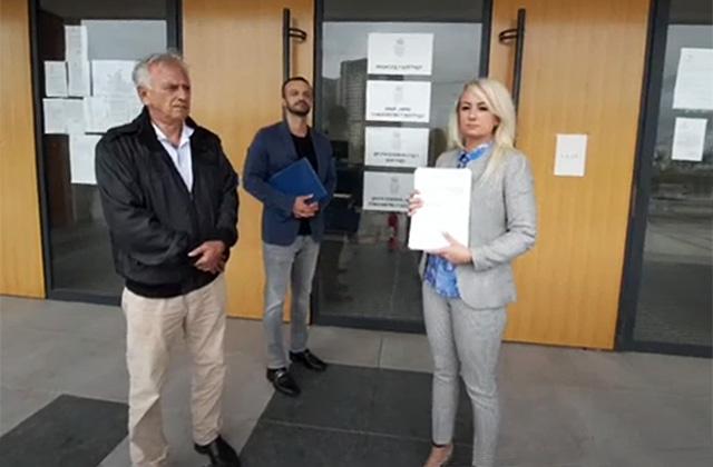 Группа сербских интеллектуалов подала в суд на Вучича из-за Косово